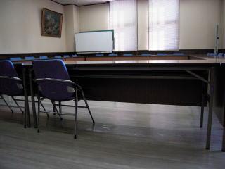 机、いすの状況