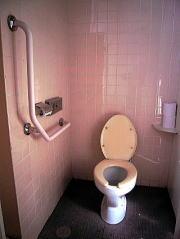 洋式トイレ設置場所